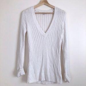 GAP White Long Sleeve Knit Top